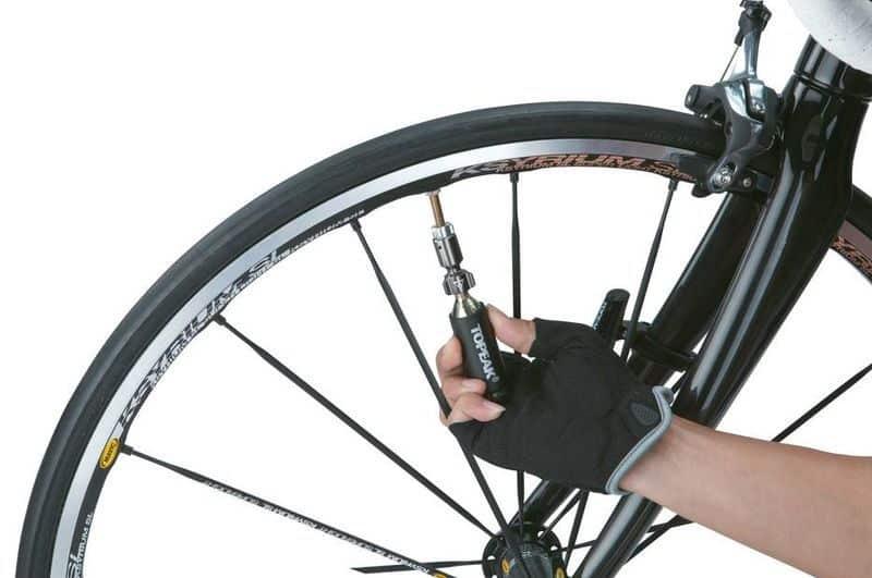 Насадка для накачки колёс сжатым воздухом Airbooster
