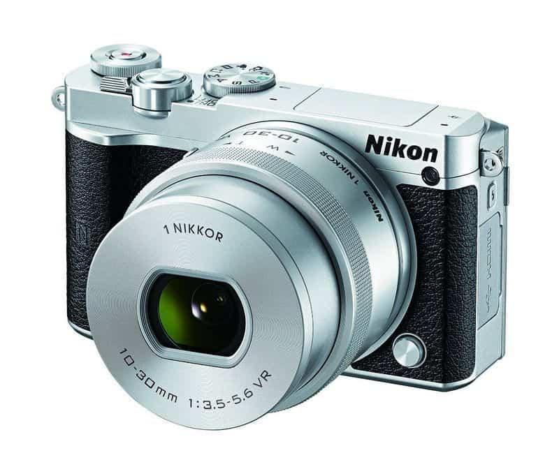 Беззеркалка Nikon 1 J5