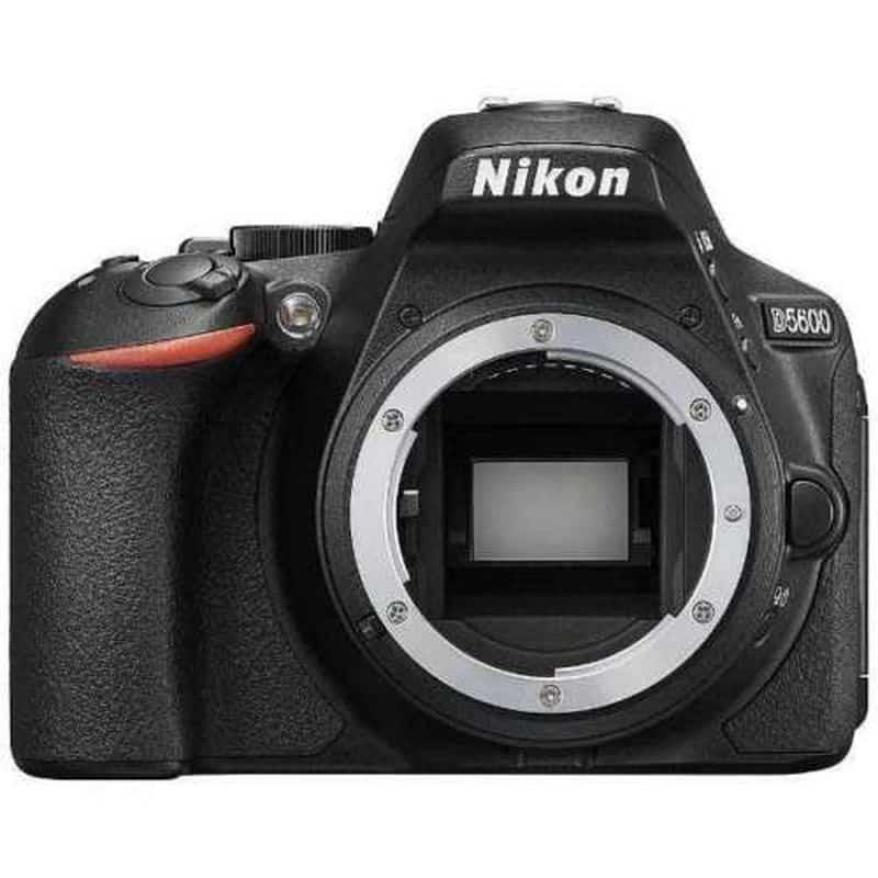 Фотоаппарат с поддержкой таймлапсов Nikon D5600