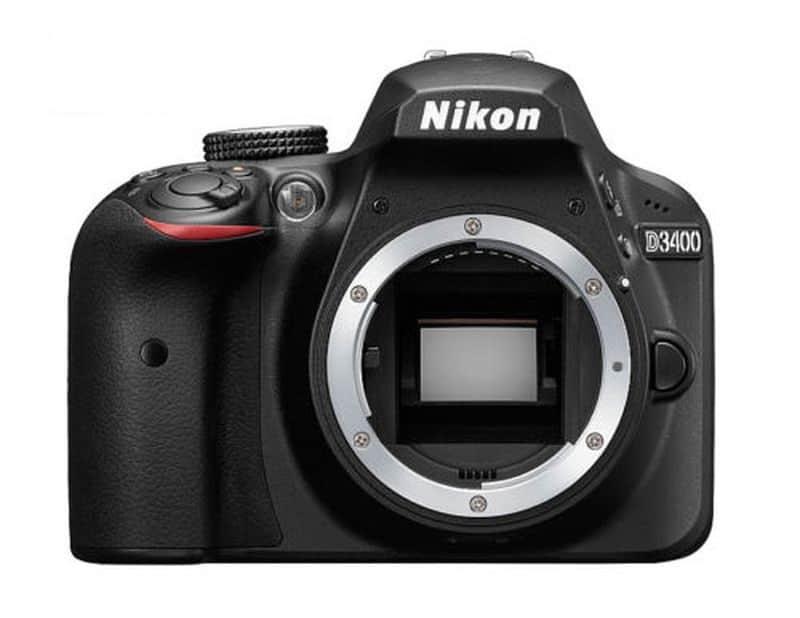 Камера для продвинутых любителей Nikon D3400