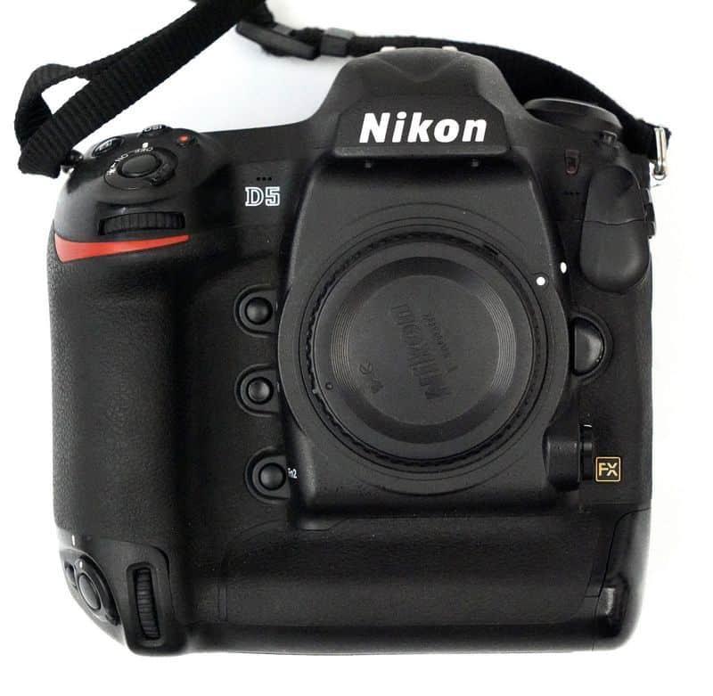 10 лучших фотоаппаратов из актуальной линейки Nikon