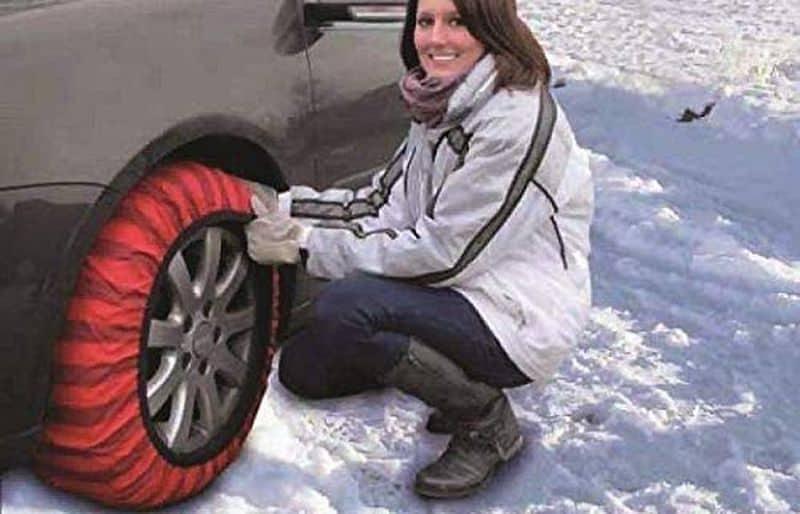 Снежные носки для автомобильных колёс от Shark
