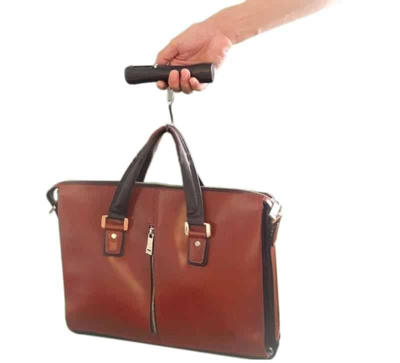 Электронный безмен для багажа и ручной клади