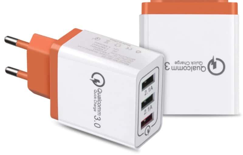 Зарядное устройство с поддержкой QC 3.0
