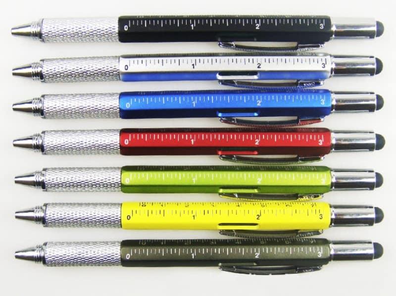 Ручка с отвёрткой и линейкой