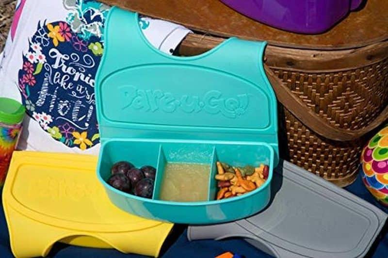 Детский нагрудник для поездок Snack and Go