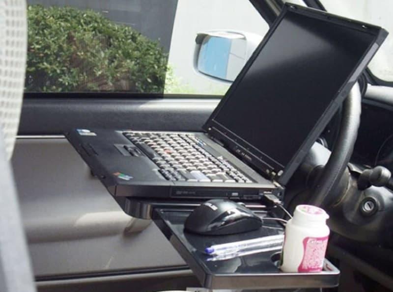 Раскладной столик на руль
