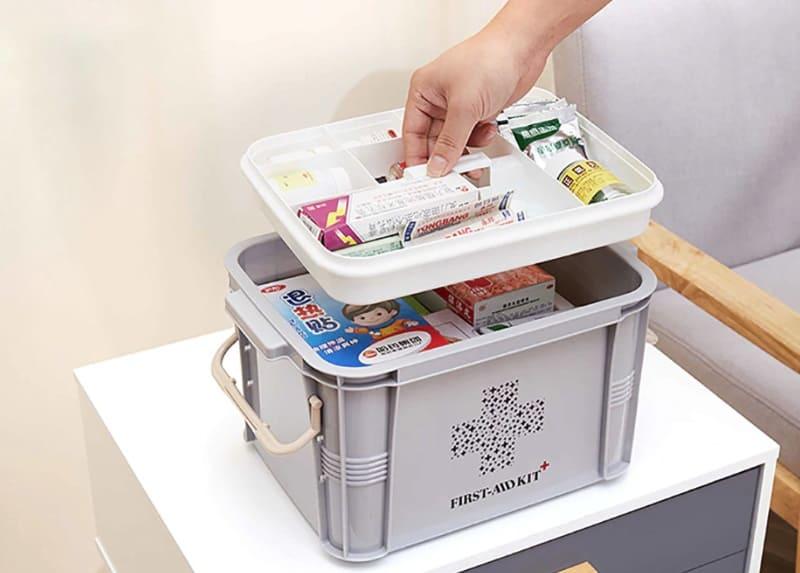Большой контейнер для медикаментов