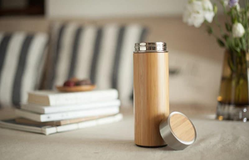 Термос с бамбуковой отделкой