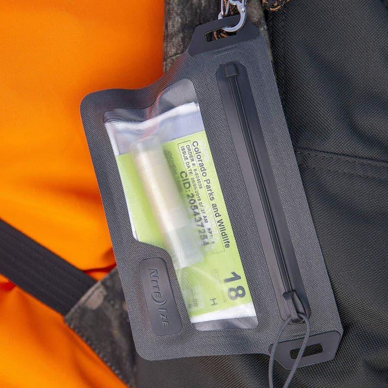 Влагозащищённый кошелёк RunOff от Nite Ize
