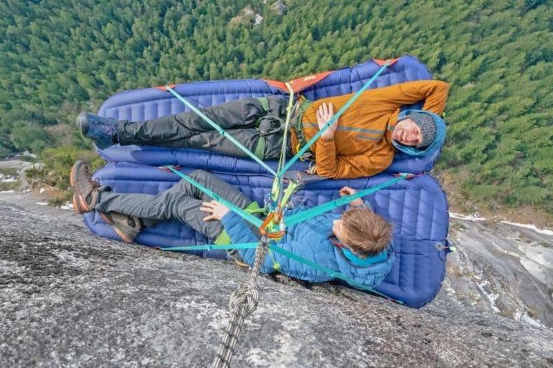 Ультралёгкий надувной коврик для скалолазов G7 POD