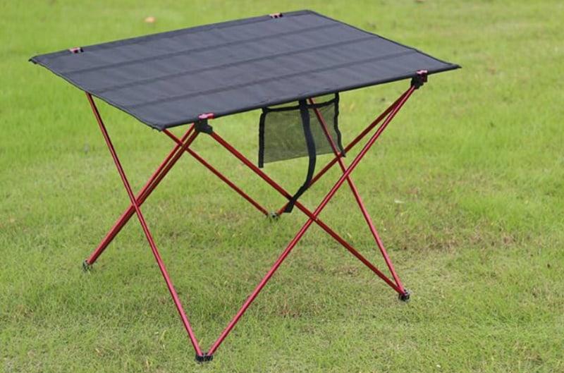 Раскладной столик на алюминиевых ножках