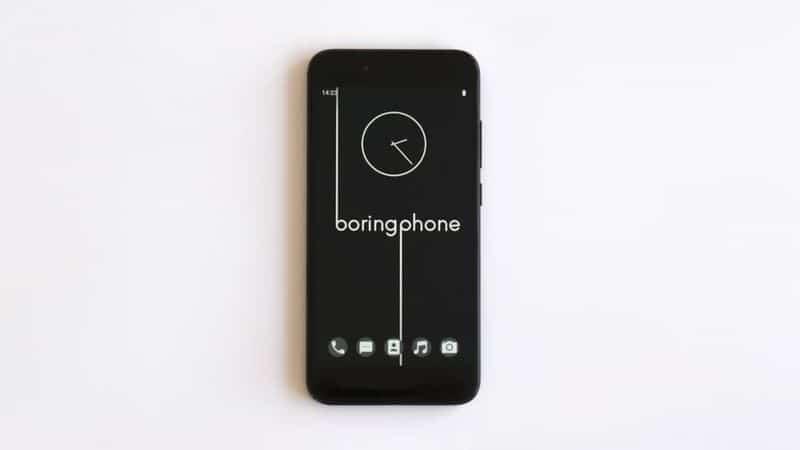 """""""Скучный"""" телефон BoringPhone"""