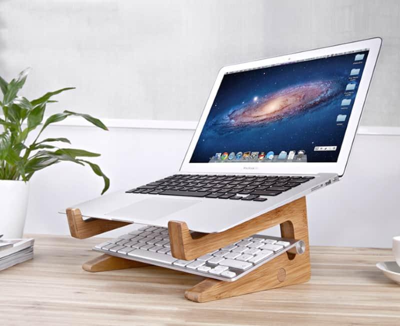 Деревянная подставка под ноутбук