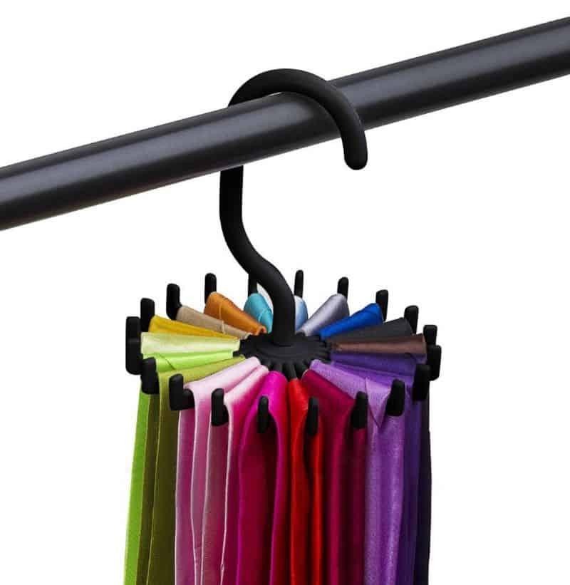Вращающийся крючок для хранения  галстуков