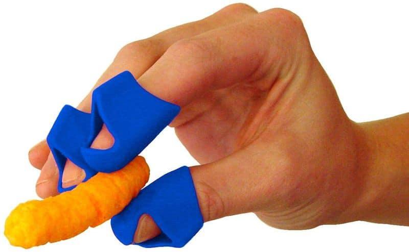 Защитные напальчники для любителей чипсов