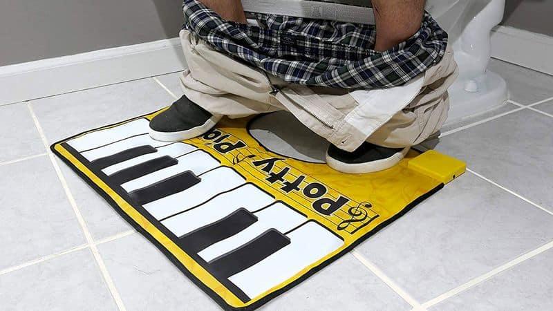 Туалетный коврик с функцией пианино