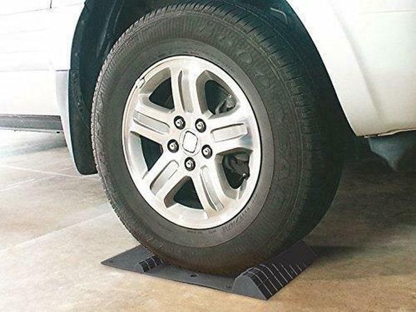Парковочные коврики для гаража