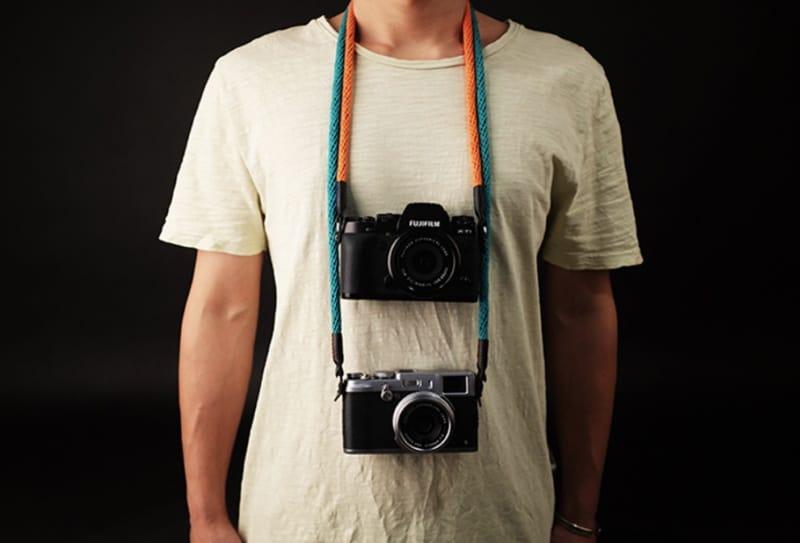 Широкий ремень для фотоаппарата