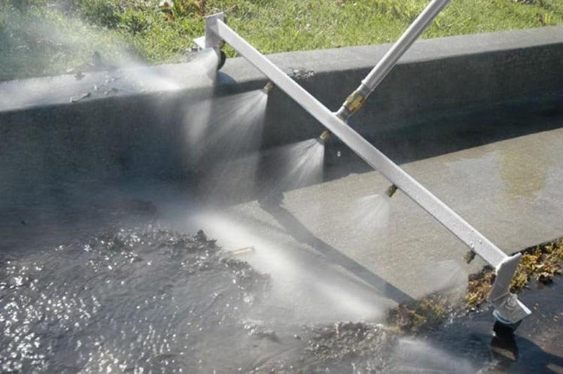 Аквавеник с автоматической подачей воды