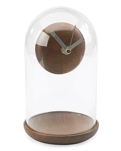 Антигравитационные часы