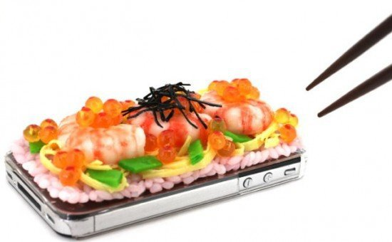 Суши-чехол для iPhone 4 от iMeshi