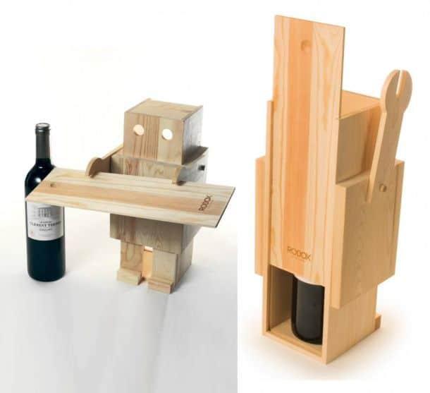 Фото бокалов с вином в руках
